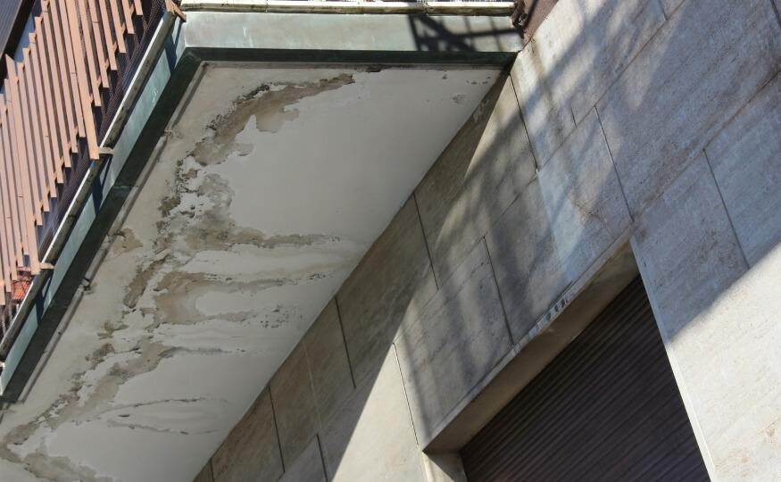 Przeciekający balkon lub taras - osuszanie konkurencyjne ceny, dokładne - Wysusz Dom